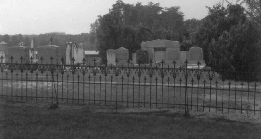 carringtonhousecemetery_ci.jpg
