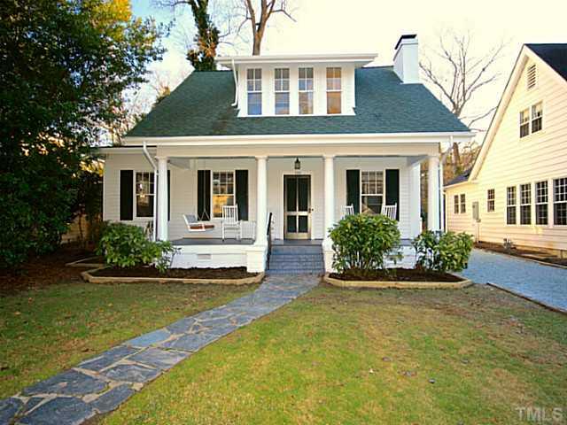 Dormer bungalow plans joy studio design gallery best design - Hungarian style house plans open gables ...