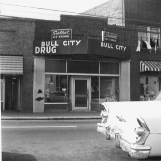 /sites/default/files/images/2008_10/610Fayetteville_bullcitydrug_1965.jpg