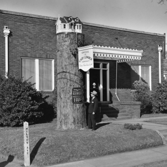 /sites/default/files/images/2008_4/CaryLumberCoOffice_NW_1950s.jpg
