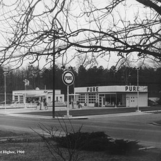 /sites/default/files/images/2009_1/gasstations_roxboroandhigbee_1960.jpg