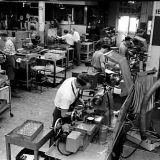 http://www.opendurham.org/sites/default/files/images/2009_1/wrightmachinery_interior_1966.jpg